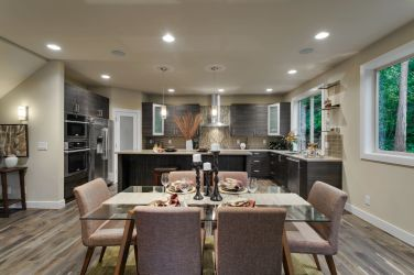 home-stage-nw-sierra-homes-dining-room